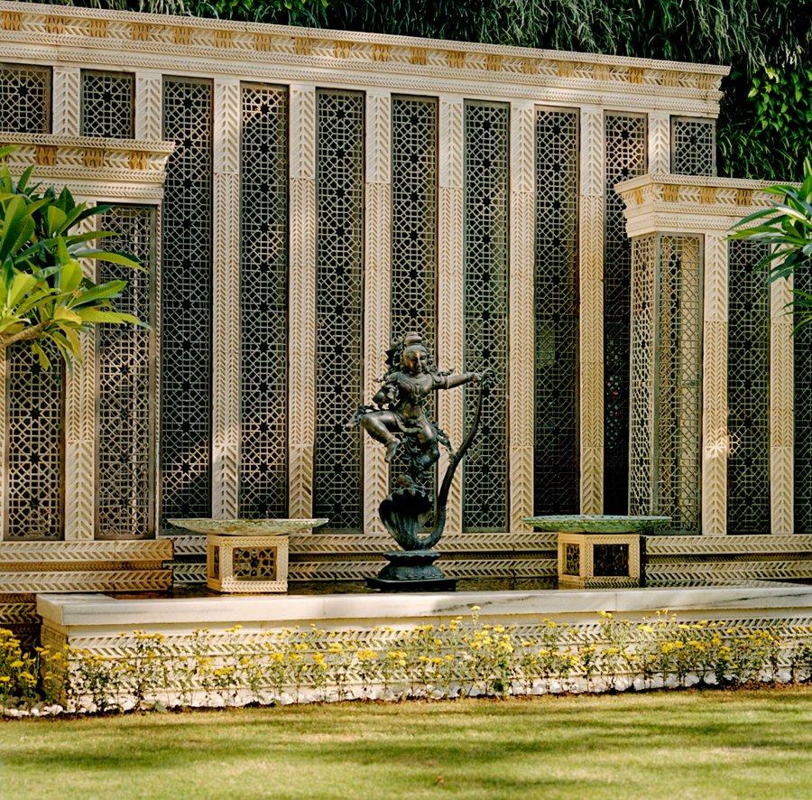 1 孟买安蒂拉——20亿美元